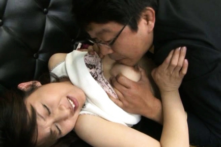 Yoko Imaeda Hot Japanese woman has hot mature sex